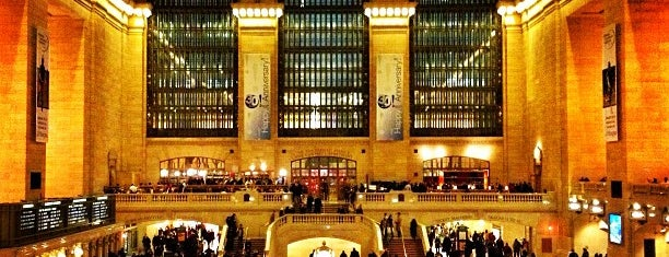 Grand Central Terminal is one of Tempat yang Disukai Mark.