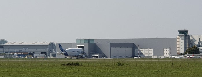 Aéroport de Saint-Nazaire - Montoir (LFRZ) is one of Airports Worldwide....