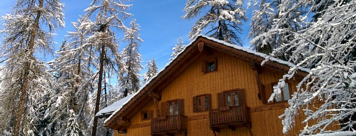 Chalet Plan Gorret is one of Courmayeur.