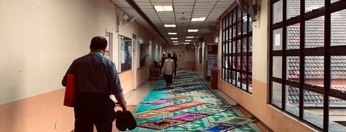 Hospital / Pusat Perubatan Universiti Kebangsaan Malaysia / UKM Medical Centre (HUKM/PPUKM/UKMMC) is one of Lieux qui ont plu à Rahmat.