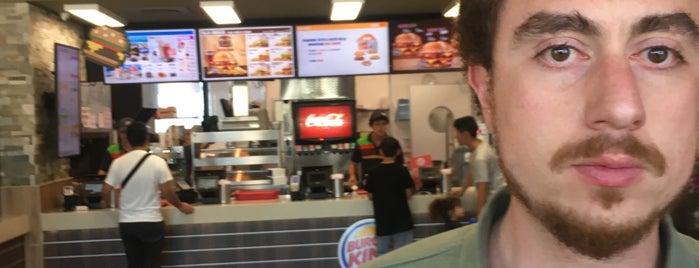 Burger King Calenzano is one of Locais curtidos por Dennis.