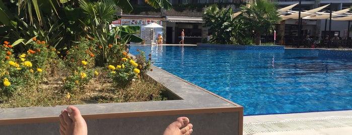 Ramada Resort Otel Havuzbaşı is one of Gülay'ın Beğendiği Mekanlar.