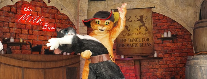 Puss in Boots' Giant Journey is one of Lugares favoritos de Ben.