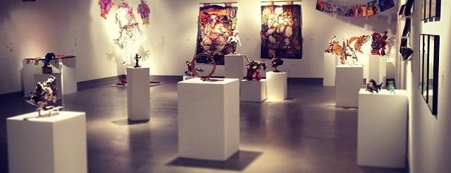 Cal  Poly Pomona Kellog Art Gallery is one of Orte, die Linchi gefallen.