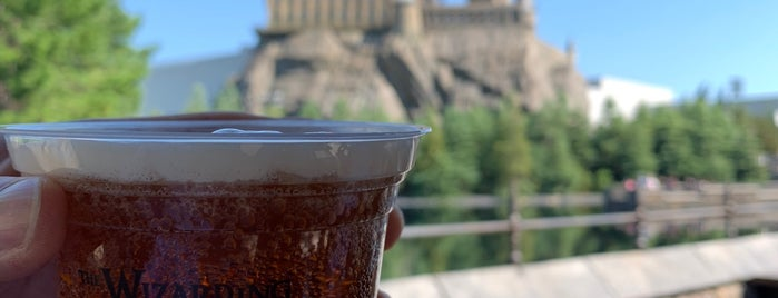 Hogwarts Castle is one of Osaka.