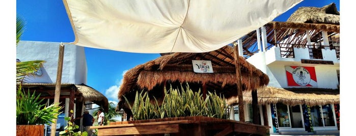 Yaya Beach Club is one of Riviera.