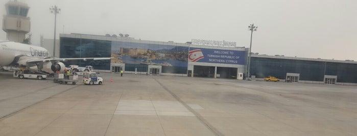 Ercan Havalimanı (ECN) is one of 🌜🌟hakan🌟🌛'ın Beğendiği Mekanlar.