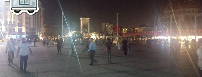 Place Taksim is one of Lieux qui ont plu à 🌜🌟hakan🌟🌛.