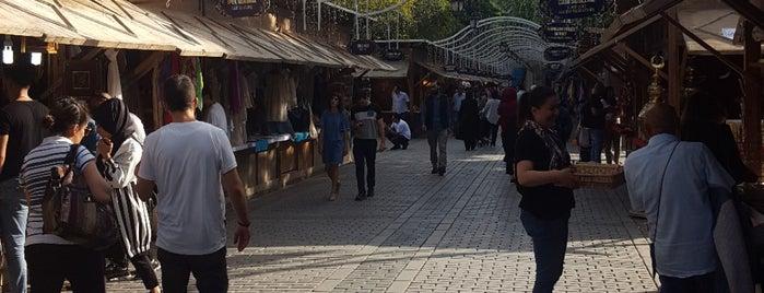 Place du Sultan-Ahmet is one of Lieux qui ont plu à 🌜🌟hakan🌟🌛.