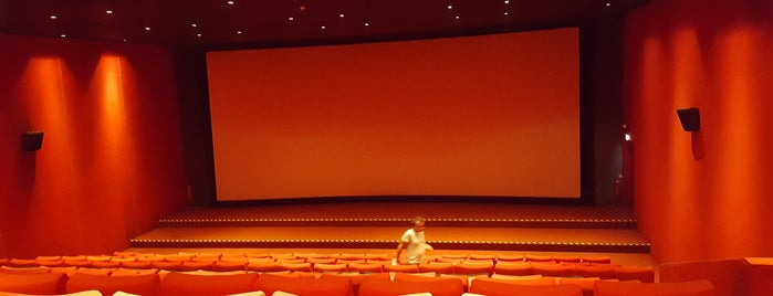 Cinemaximum Salon 5 is one of Orte, die 🌜🌟hakan🌟🌛 gefallen.