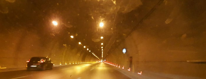 75. Yıl Selatin Tüneli is one of Locais curtidos por 🌜🌟hakan🌟🌛.