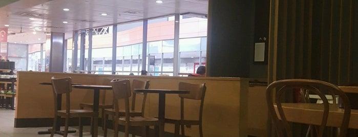 Starbucks is one of Celal'ın Beğendiği Mekanlar.