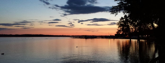 Onondaga Lake Park is one of Off-Campus Activities.
