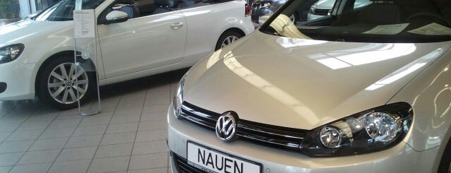 VW Autohaus Nauen is one of Volkerさんのお気に入りスポット.