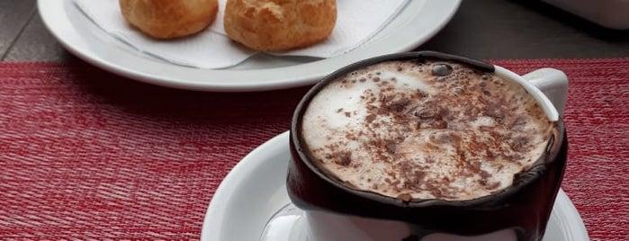 Café Spazio is one of Locais curtidos por Karina.