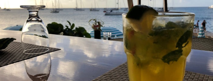 Jack's Beach Bar is one of BEACHES.