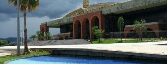 Palácio Araguaia is one of Locais curtidos por Bismark.