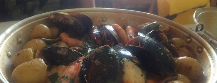 Restaurante Prato Cheio is one of Lieux qui ont plu à Danny.