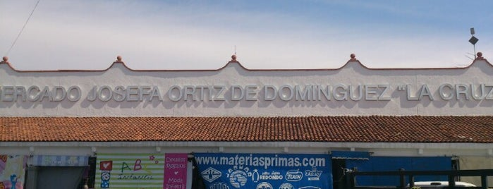 Mercado La Cruz is one of Orte, die Jose gefallen.