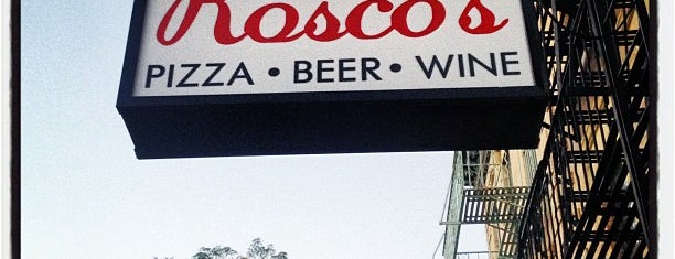Rosco's Pizza is one of Locais salvos de Adam.