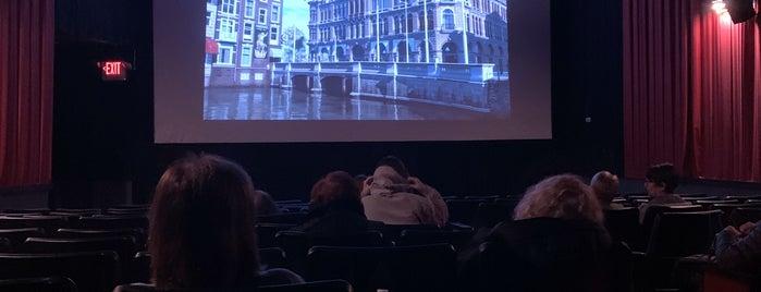 Malverne Cinema 4 is one of Orte, die Tina gefallen.