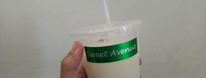 Sweet Avenue Cafe HQ is one of Lieux sauvegardés par iSA 💃🏻.