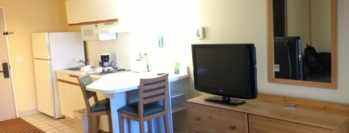 Extended Stay Hotels is one of Posti che sono piaciuti a Daniel.