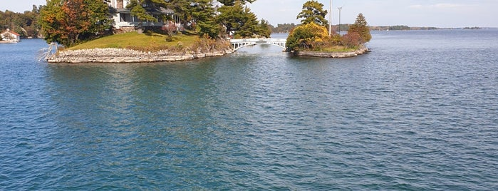 Thousand Islands is one of East USA.