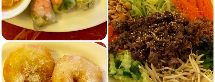 Remember Vietnamese Food is one of To-Do in Prague I.
