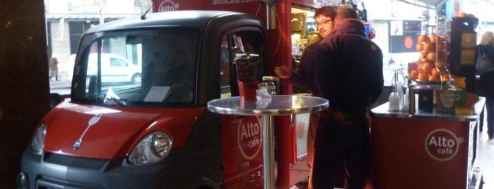 Alto Café is one of Paris: Coffee(In)Touch Guide.