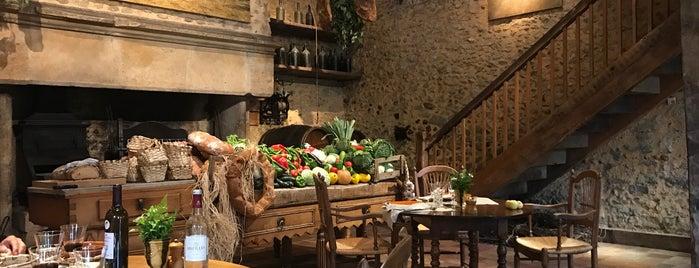 La Ferme Aux Grives is one of Restaurantes.
