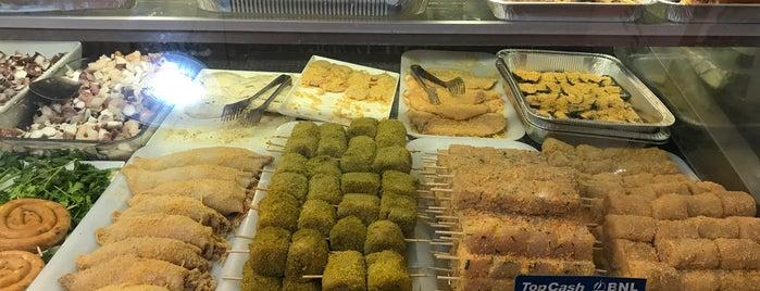 Oasi Frutti di Mare is one of Posti che sono piaciuti a Semin.