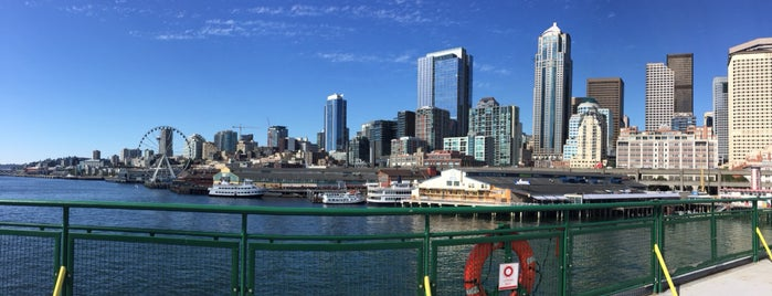 Seattle-Bremerton Ferry is one of Posti che sono piaciuti a Ryan.