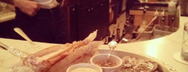 Geraldine Restaurant is one of Orte, die Ashleigh gefallen.