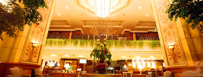 Golden Tulip Sovereign Hotel Bangkok is one of Irinaさんのお気に入りスポット.