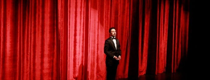 Sahne Tozu Tiyatrosu Haldun DORMEN Sahnesi is one of Lieux qui ont plu à 𝕆𝕜𝕥𝕒𝕪.