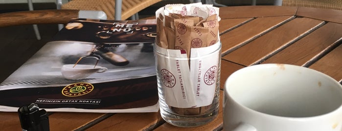 Kahve Dünyası is one of Mennan : понравившиеся места.