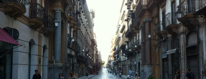 Via Maqueda is one of Ziggy loves Palermo.