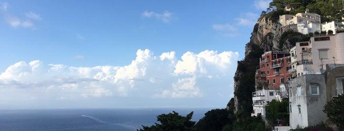 Isola di Capri is one of Mesrure'nin Beğendiği Mekanlar.