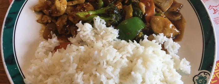 Le China Asian Bistro is one of Must-visit Food in Celebration.
