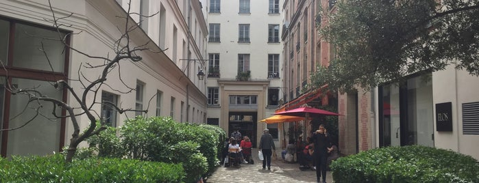 Passage Dauphine is one of Want to Try Out.