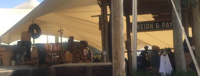 Oranjezicht Farmers Market is one of Capetown.