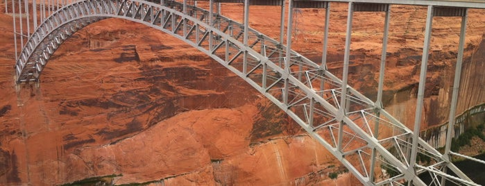Glen Canyon Dam Bridge is one of Arjun 님이 좋아한 장소.