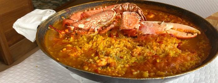 Restaurante La Marina Puerto De Vega is one of Porto-Bilbao.