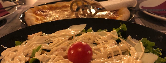 Local Kitchen &Bar is one of Balkan Listesi.