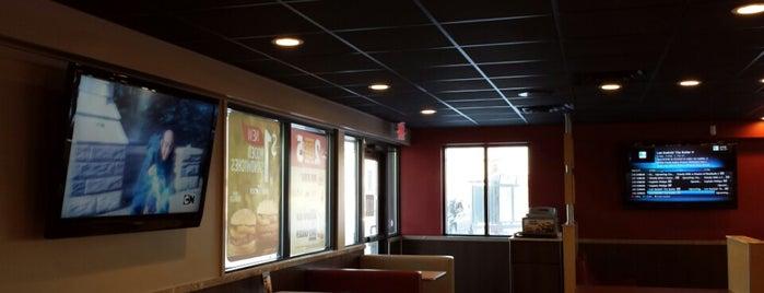 Burger King is one of สถานที่ที่ Alan ถูกใจ.