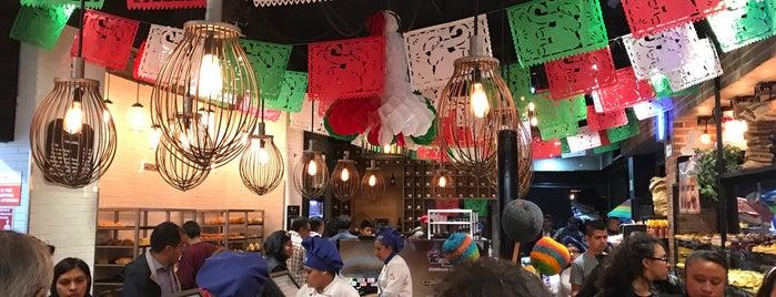 Pasteleria Esperanza Nopalera is one of Posti che sono piaciuti a Ana.