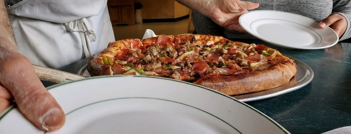 Luigi's Italian Restaurant is one of Pacifica.