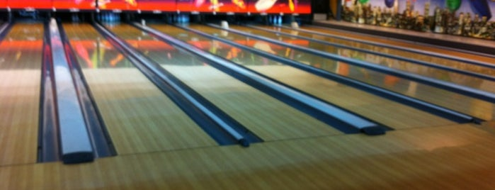 Paloko Bowling is one of Lugares favoritos de Jimmy.