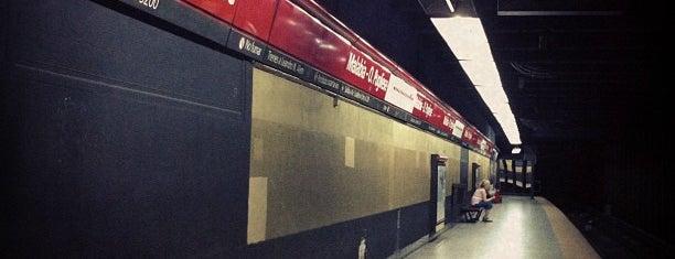 Estación Malabia - Osvaldo Pugliese [Línea B] is one of ¡buenos aires querida!.